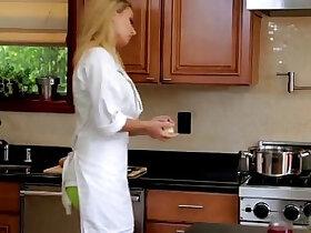 kitchen porn - Natalia Starr have sex In The Kitchen