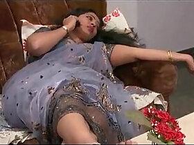 aunty porn - Mahi Aunty Full Length Telugu Movie Ravi Krishna, Silpa, Nisha