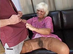 older woman 2240 porn video