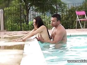 latin porn - Fucking like romantics in the pool