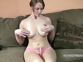 adult porn - Busty college girl Mariah fucks her twat with dildo