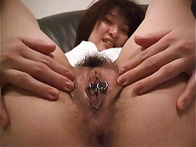 amateur porn - Japanese Amateur pussy insert glass and fisting