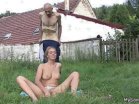 fat porn - He finds his father in law licks her young pussy