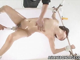 babe porn - Japanese babe fucked various dildos