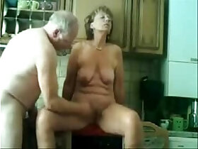 daddy porn - Stolen video of my gorgeous mom having fun with dad