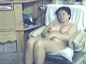 cams porn - My mum home alone caught masturbating by my hidden cam