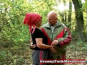 granny porn - Granny in to outdoor fucking