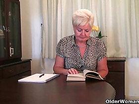 clit porn - Highly sexed grandma Sandie rubs her pierced clit
