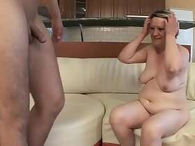 boy porn - OLD HOUSEWIFE her pussy WITH her YOUNG BOY !!