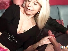 double porn - French mature in stockings gets penetrated in a swinger club