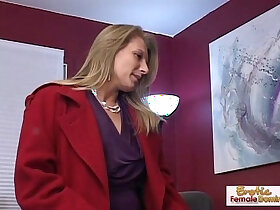 cougar porn - Cougar makes a old guy forget about his ex girlfriend