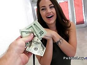 american porn - Real American model fucks for fast cash in public
