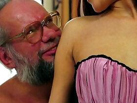 enjoying porn - Old man enjoy