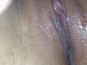 amateur porn - Licking my college ex girlfriend juicy wet amateur shaved pussy close up