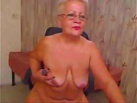 amateur porn - Pervert grandma having fun on web cam. Real party amateur