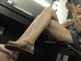 foot porn - flip flop and foot worship