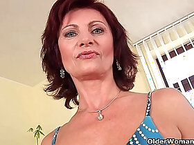 granny porn - Granny Wanda with hard nipples and hirsute pussy masturbates