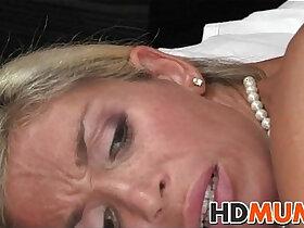 blonde porn - Stunning blonde mum sex